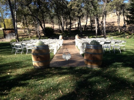 The barrels add fun to the aisle entrance and the altar.
