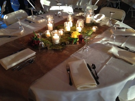 The table setting was very organic with the burlap and grass.  Again, can you feel the glow???