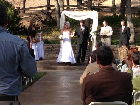 The newlyweds are announced!